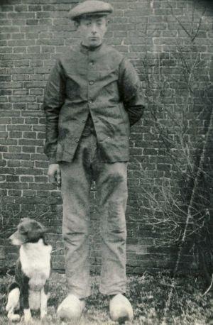 10 Gerrit Haakma -14-jaar Met Hond
